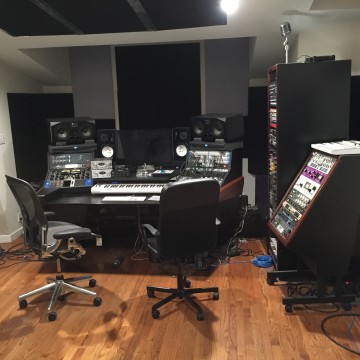 Studio right